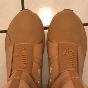 Puma Fierce Shoe In Taffy Size 7 Only worn once